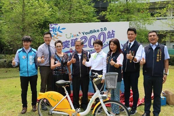 記者會選辦在明道中學,師生都非常支持YouBike2.0